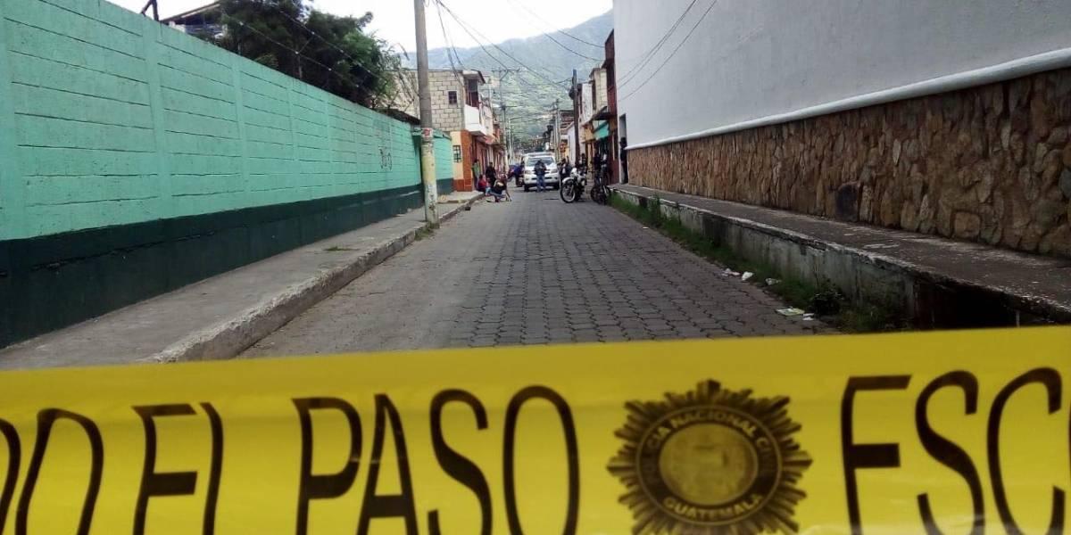 Estudiante y maestros heridos tras ataque armado frente a escuela de Amatitlán