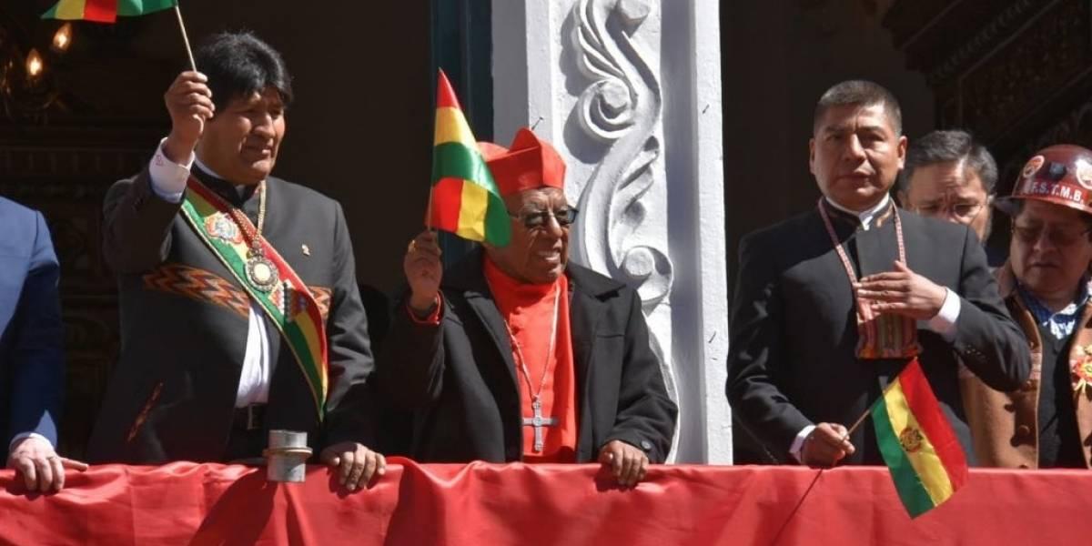 Atento Evo: los bolivianos no son felices pero están orgullosos de ser bolivianos