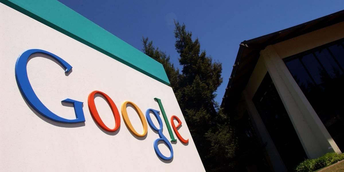 Demandan a Google por supuestamente discriminar a personas mayores de 40 años por no darles trabajo