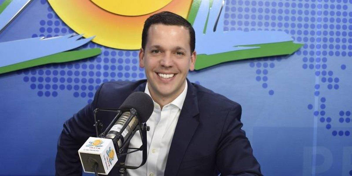 """Hugo Beras celebra 15 años de su programa """"Vehículos en la Radio""""; anuncia proyecto para la televisión"""