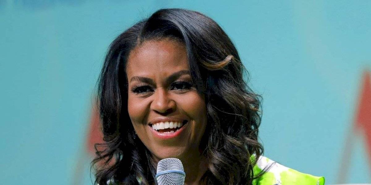 FOTO. Michelle Obama muestra escultural cuerpazo en top y leggings