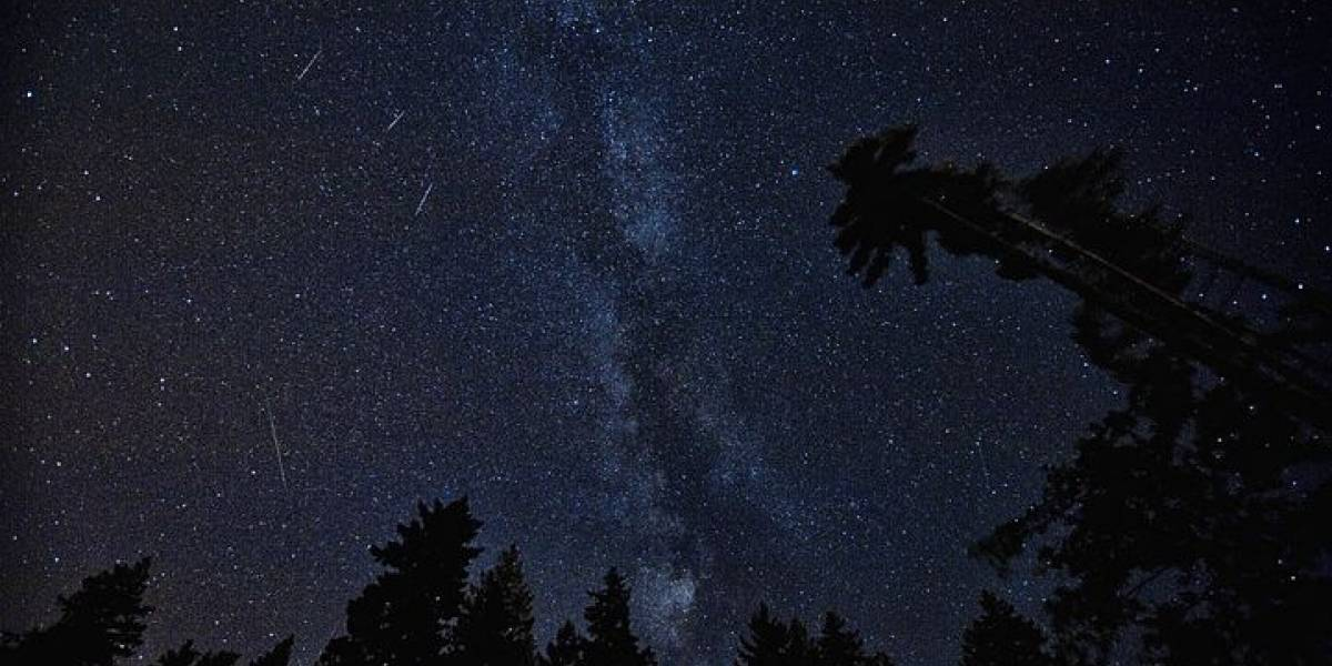 ¡Llega de nuevo el asombroso espectáculo espacial! En agosto se verá la lluvia de estrellas perseidas