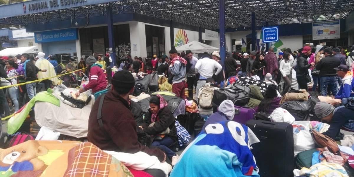 Venezolanos en Rumichaca recibirán ayuda de Ecuador