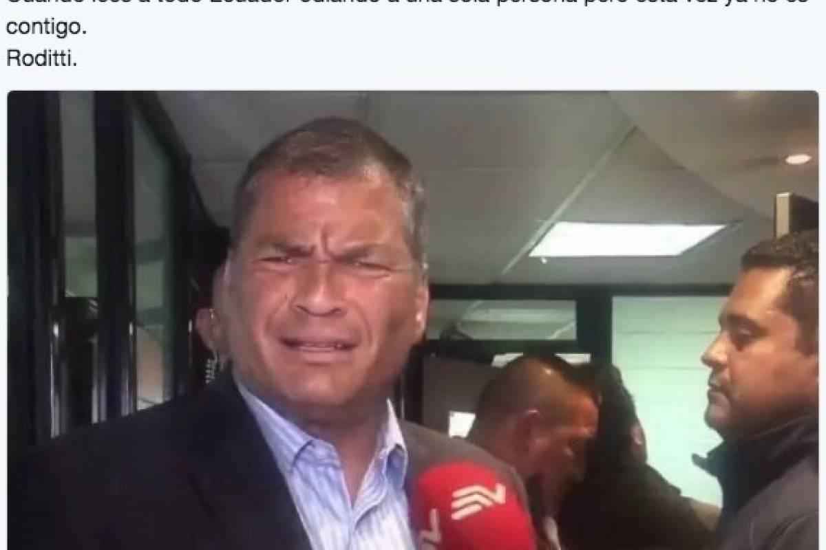 El Expresidente Rafael Correa no se salvó de los memes.