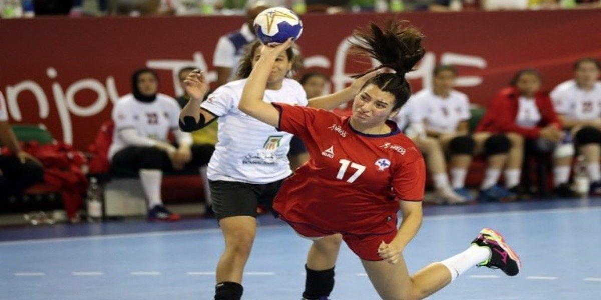 La selección juvenil de balonmano ganó en su estreno mundialista a Egipto