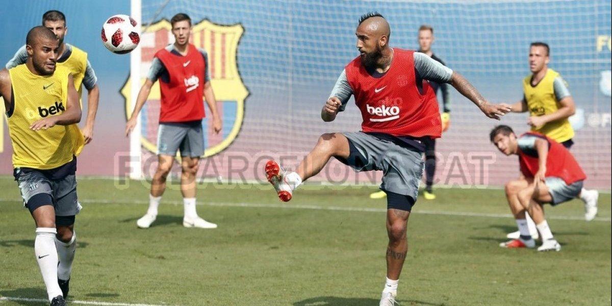 """Arturo Vidal sigue entrenando a full con Barcelona y le da un """"problema"""" a Valverde para la Supercopa"""