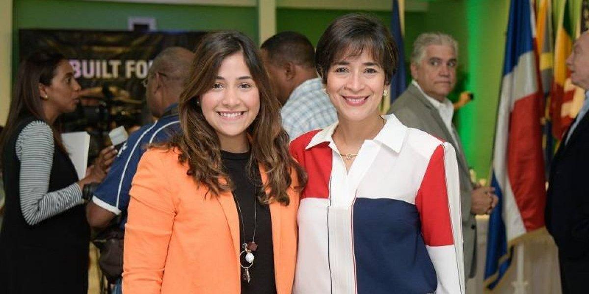 #TeVimosEn: IMCA y DOGLOCY firman acuerdo para llevar a un dominicano a una gran vuelta