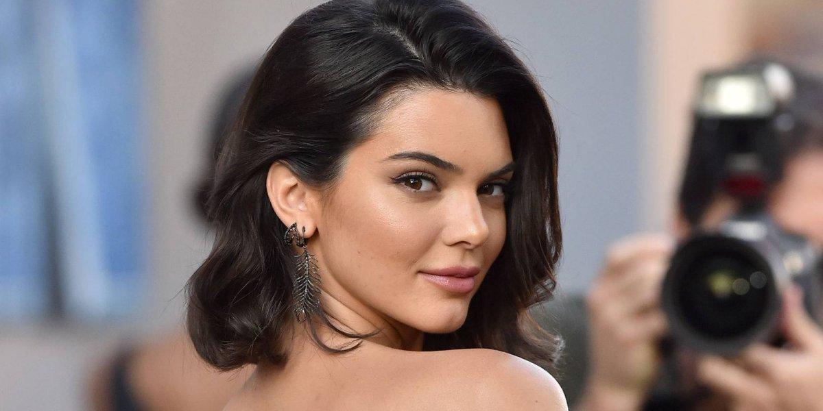 Kendall Jenner deja a todos boquiabiertos con un atuendo transparente
