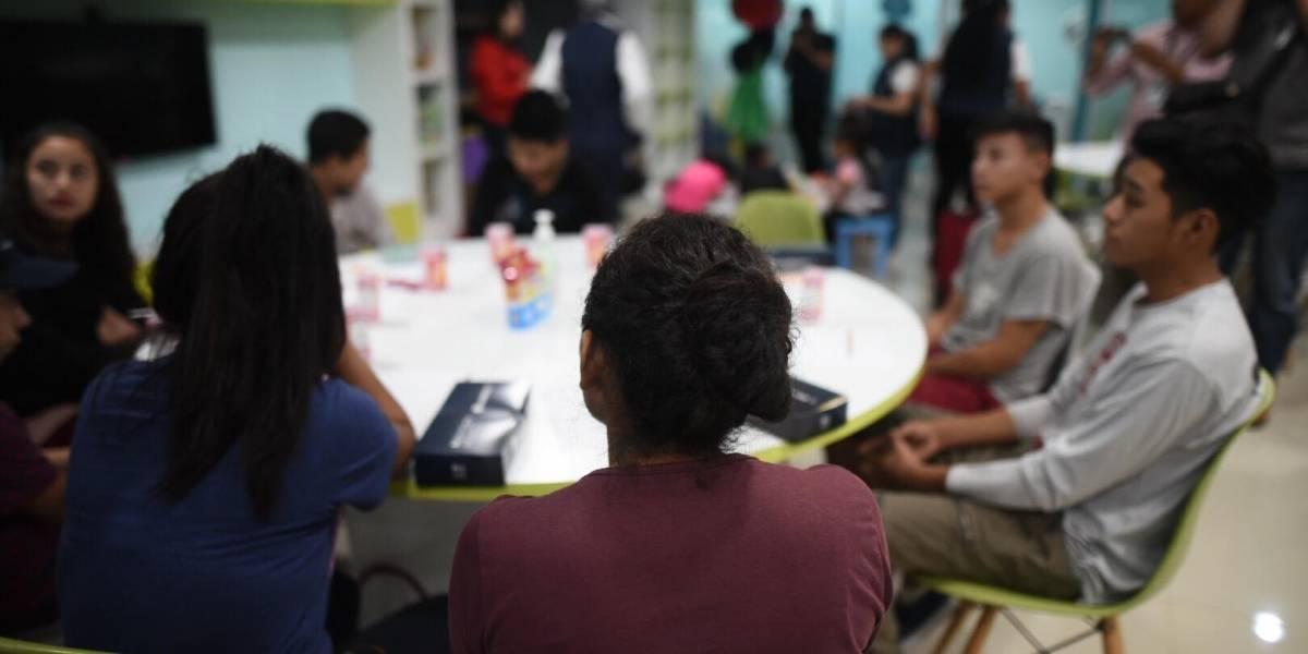Vuelo con 12 menores no acompañados llegará al país proveniente de Estados Unidos