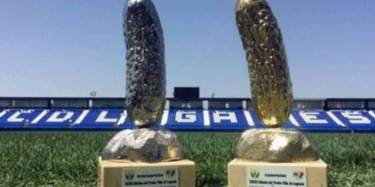 Los trofeos más extraños que se entregarán en el futbol