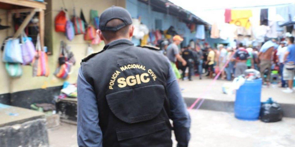 Decomisan teléfonos celulares tras requisa en cárcel de Jalapa