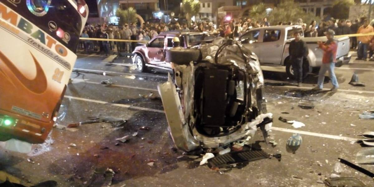 Machachi: Se registran 17 heridos en accidente de tránsito