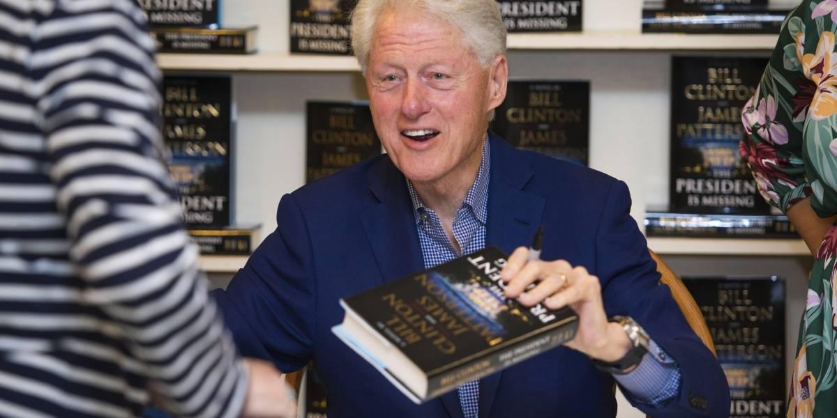 Novela de Bill Clinton arrasa en ventas