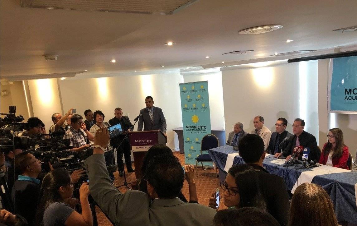 """Rafael Correa: """"Soy tan importante que me """"expulsan"""" de un movimiento que todavía no tiene afiliados Fernando Balda"""