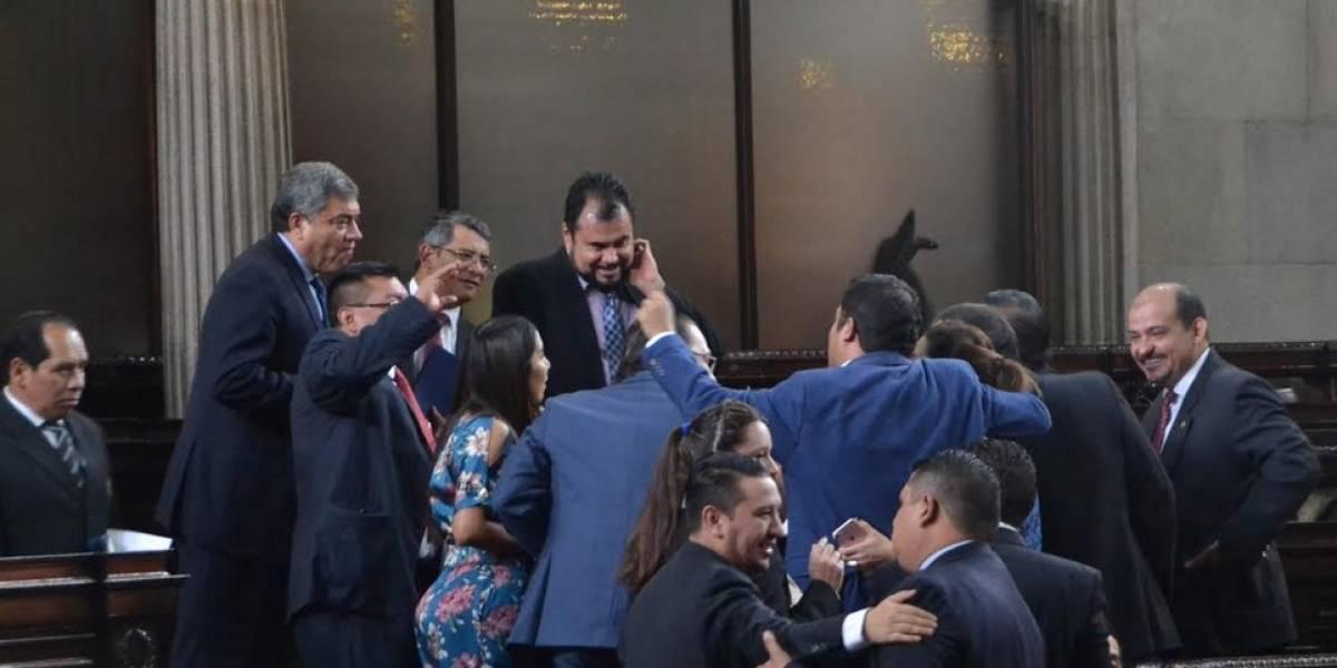 Diputados tránsfugas bloquean agenda en busca de su reelección