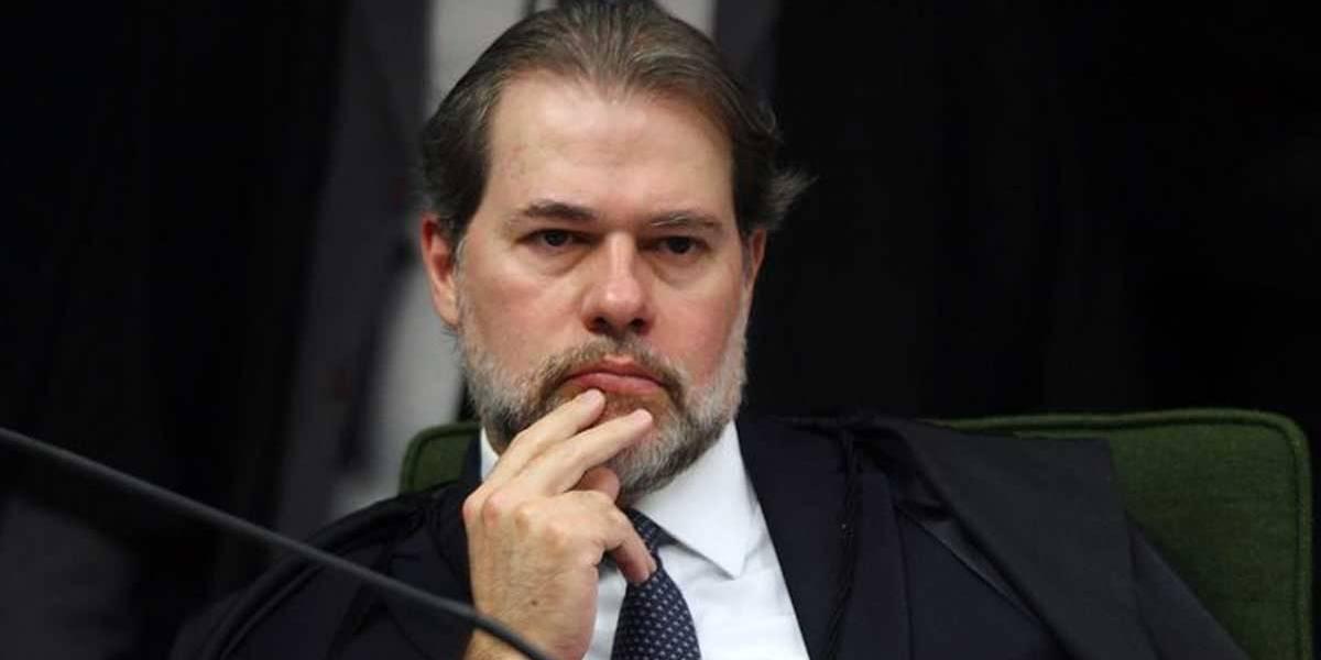 Aras recua e pede para Toffoli revogar decisão sobre acesso a dados sigilosos