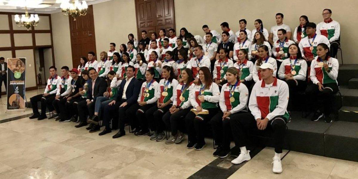 Jalisco reconoce a los atletas que brillaron en Barranquilla