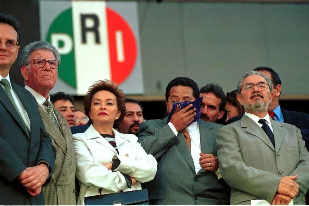 Gordillo Morales en una sesión cuando militaba en el PRI Foto: Cuartoscuro