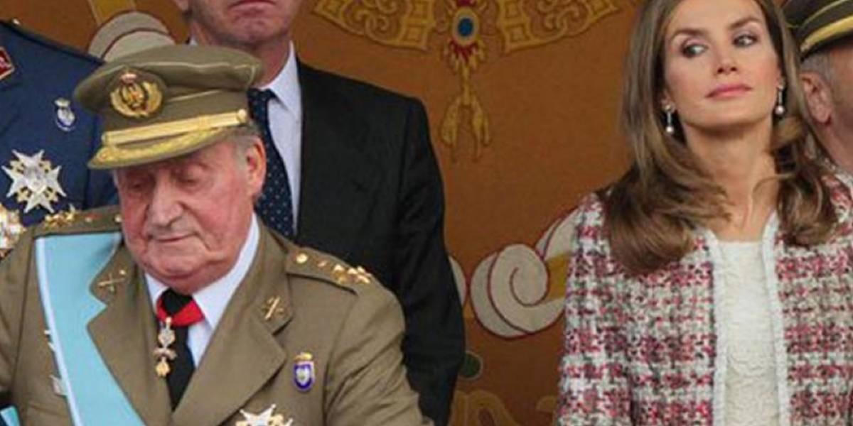 3 momentos en los que el rey Juan Carlos humilló a Letizia y Felipe no hizo nada