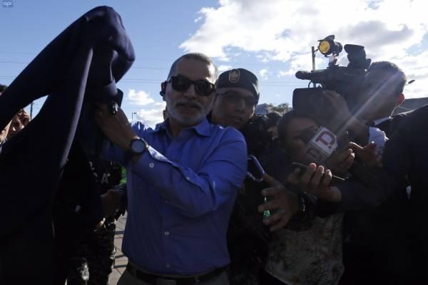 Fernando Alvarado se habría removido el grillete electrónico