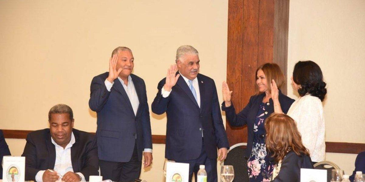 El PRD reelige a Radhamés González como vocero en la Cámara de Diputados