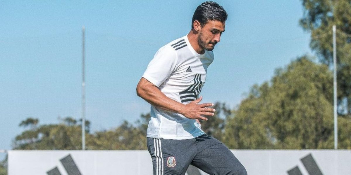 Chivas invita a Alanís a volver con emotivo video