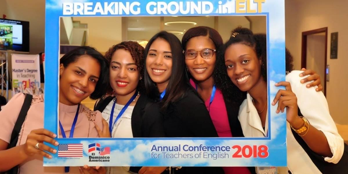 Celebran con éxito su Conferencia Anual de Profesores de Inglés