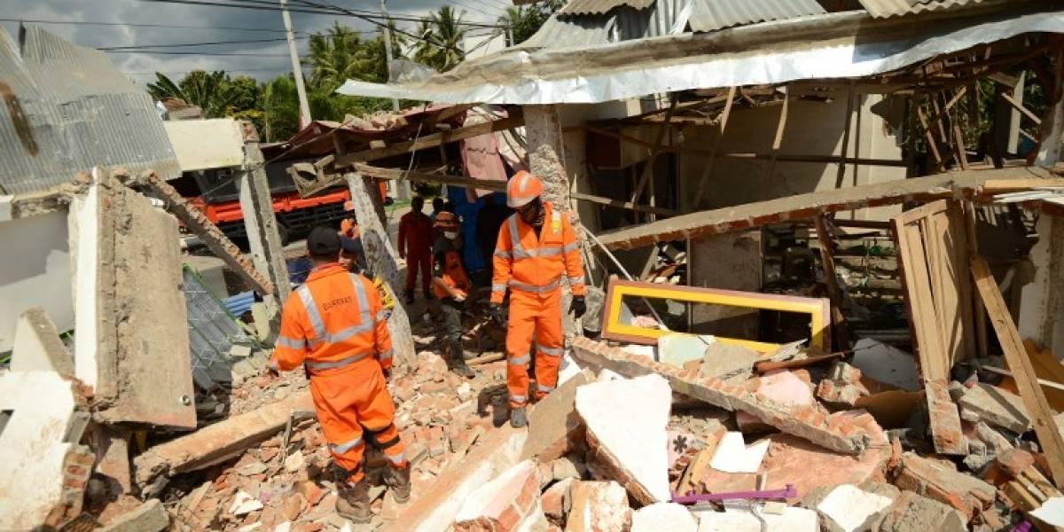 Cifra de víctimas por terremoto en Indonesia supera las 300