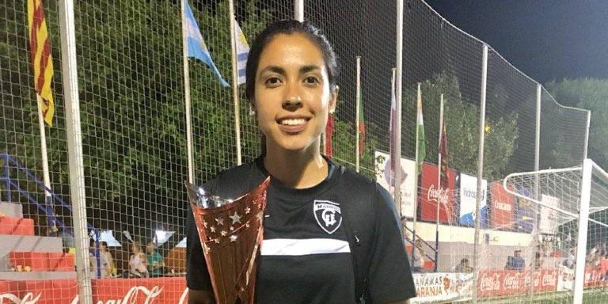 Ana Lucía Martínez gana su primer trofeo con el Madrid