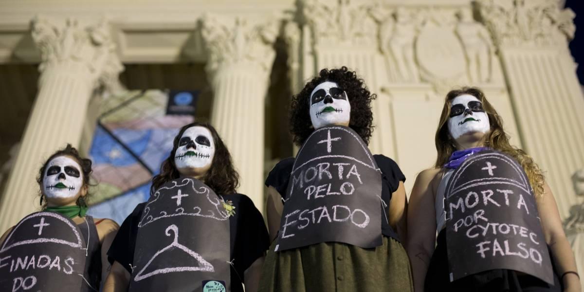 La lucha por el aborto continúa en Latinoamérica: el proceso judicial que llevan las brasileñas para despenalizarlo