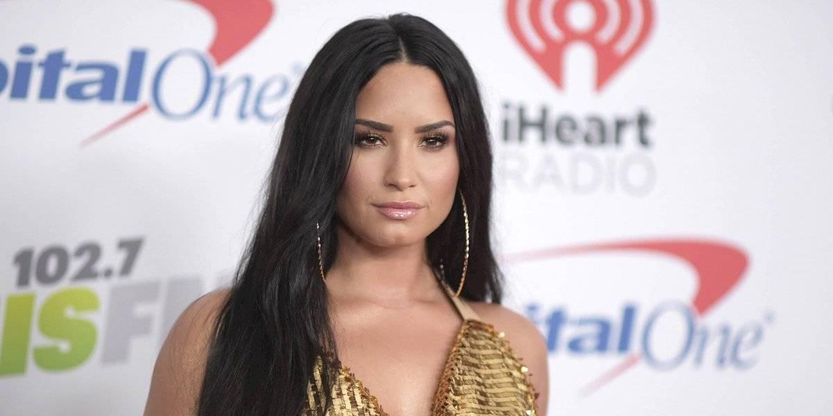 Con una sexy foto Demi Lovato presenta a su novio y aseguran que es idéntico a Bieber