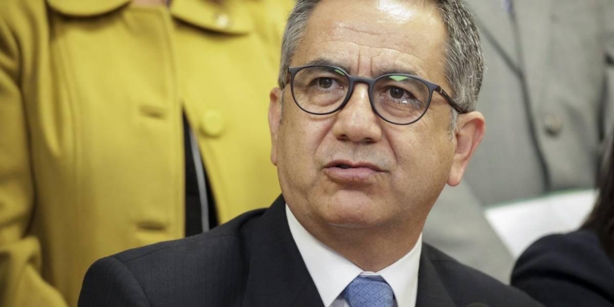 Augusto Barrera renuncia a la Senescyt