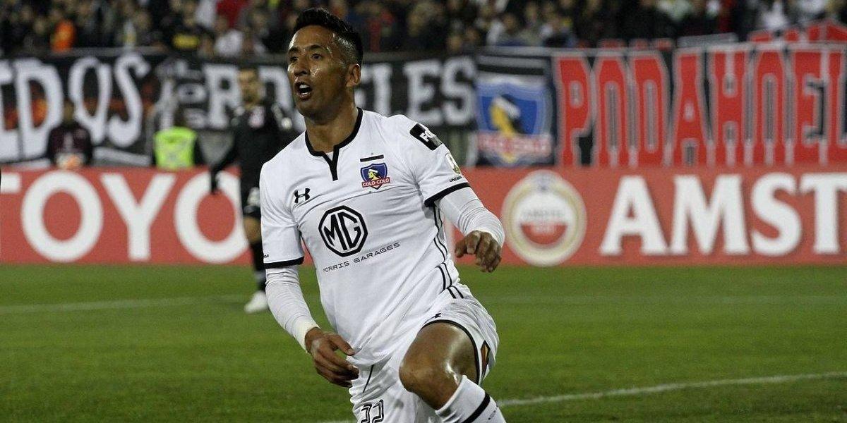 El laborioso Lucas Barrios no pudo encontrar su premio en Colo Colo ante Corinthians