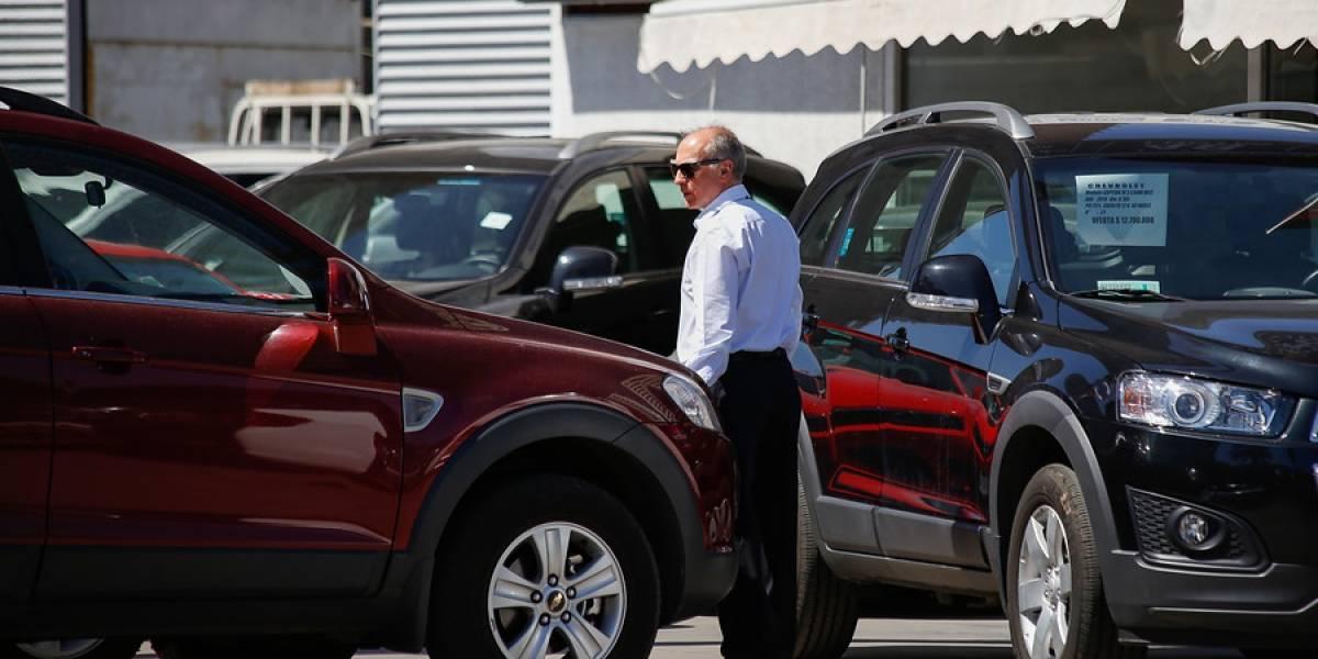 Ventas de autos nuevos acumulan alza superior a 22% entre enero y julio
