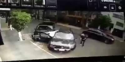 Automovilista frustra intento de secuestro en La Condesa