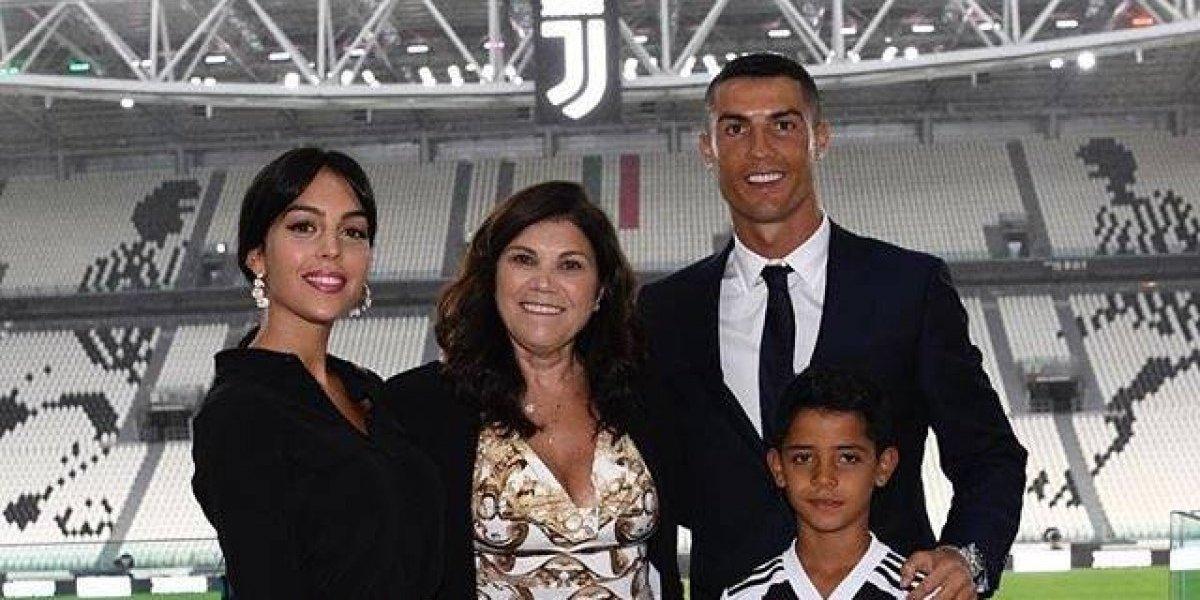La madre de Cristiano Ronaldo apoya comentarios contra Georgina Rodríguez