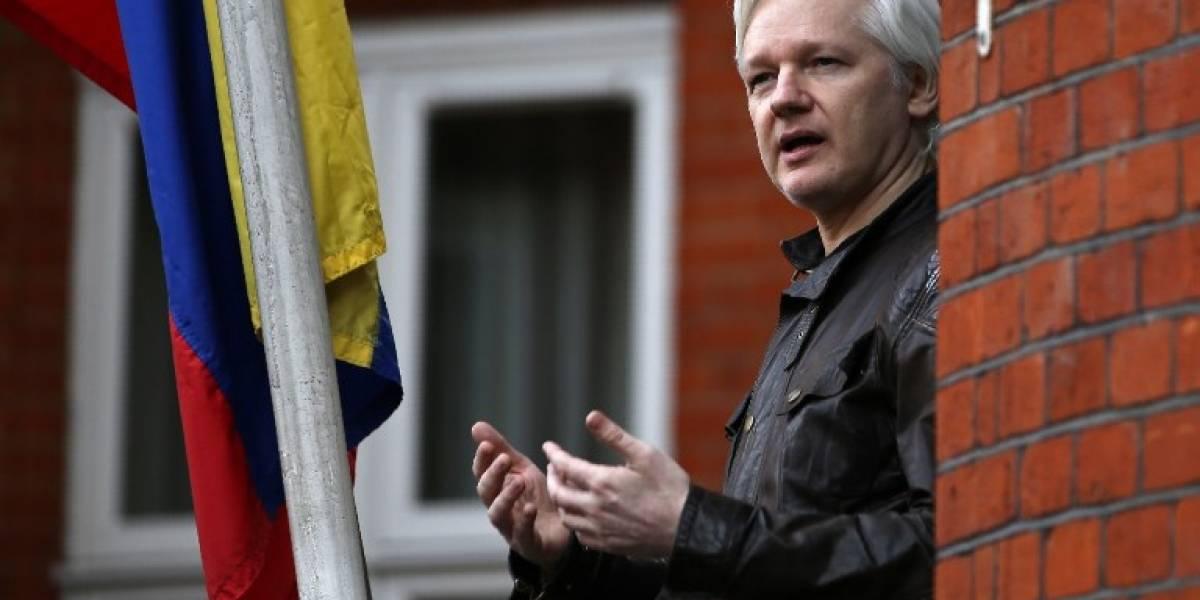 Ecuador expresa interés de terminar pronto asilo de Assange