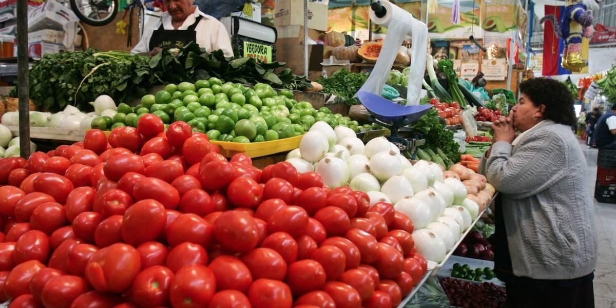 Inflación en 4.81% y mexicanos pagan canasta básica más cara del año