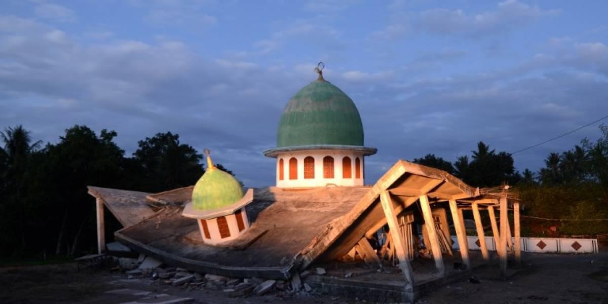 Terremoto de magnitud 7.5 sacude el centro de Indonesia