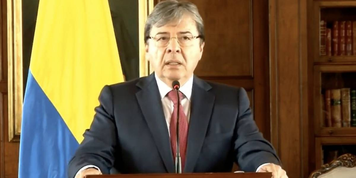 """Colombia se retira de Unasur """"por ser una caja de resonancia de Venezuela"""""""