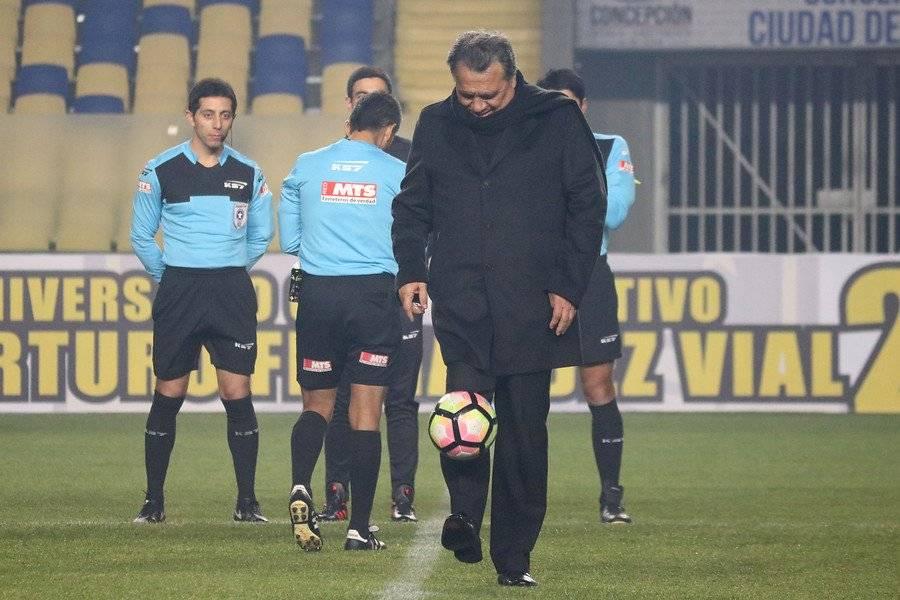 Elías Figueroa lamentó el fichaje de Paulo Díaz en Arabia Saudita, pero aún así cree que puede seguir creciendo como futbolista / Foto: Agencia UNO