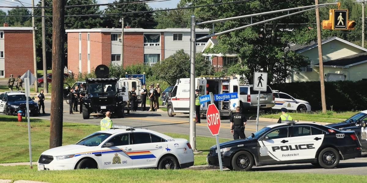 """""""Había tres personas muertas tendidas ahí"""": los testimonios tras el tiroteo en Canadá que dejó al menos cuatro muertos"""