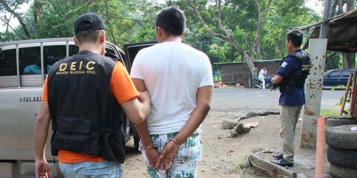 Capturan a señalado de abusar de una turista inglesa en Monterrico