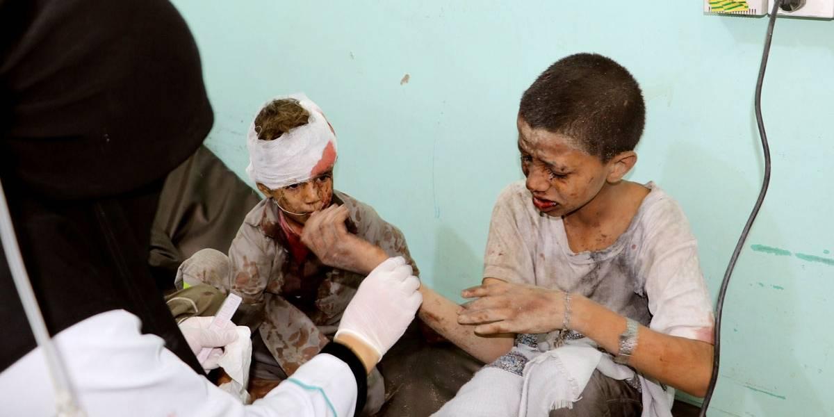 Bombardeio atinge ônibus escolar e mata ao menos 29 crianças no Iêmen