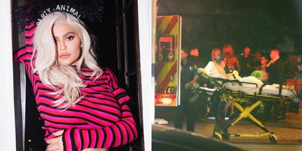 Aniversário de Kylie Jenner termina em polêmica e flagram mulher deixando a festa amarrada em uma maca