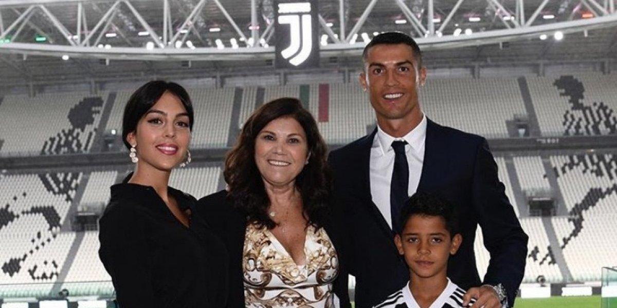 Mamá de Cristiano Ronaldo apoya críticas contra Georgina Rodríguez