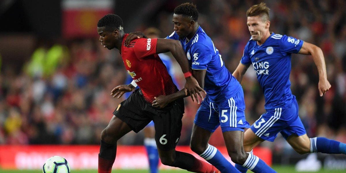Manchester United se impone al Leicester en partido inaugural de la Premier