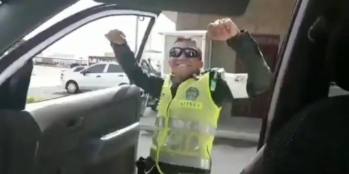 Policías colombianos podrían ser sancionados por hacer el Kiki Challenge