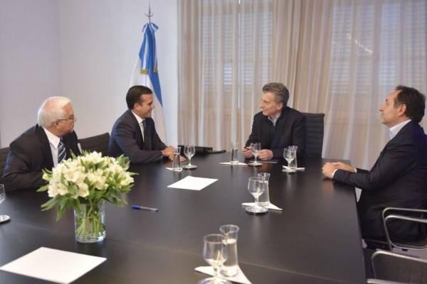 Rosselló y Macri