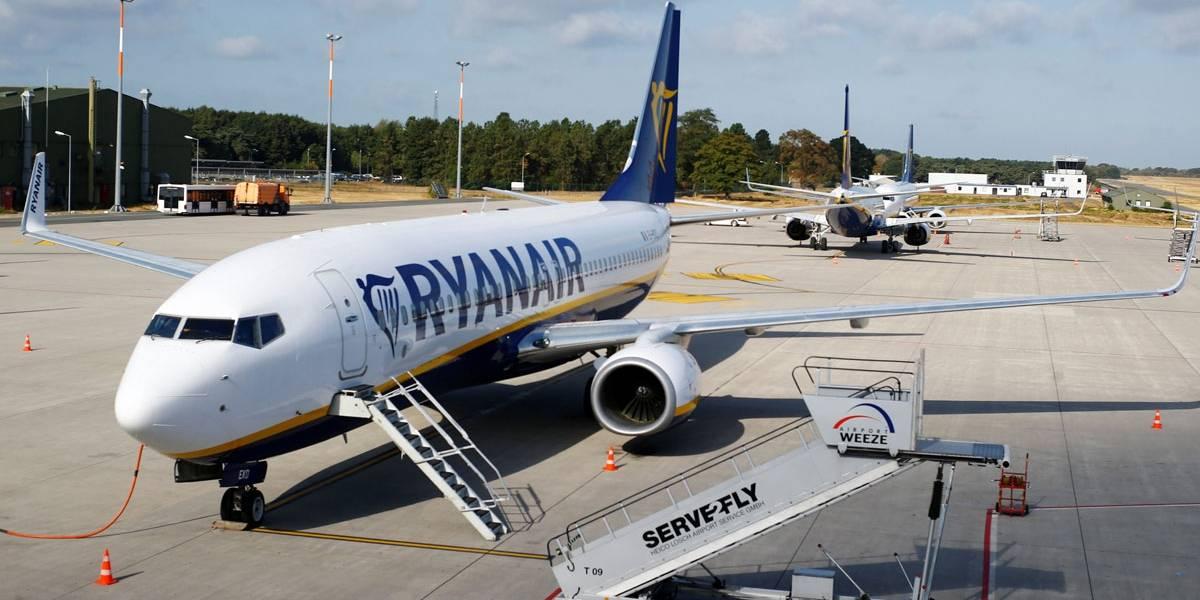 Pilotos da companhia aérea de baixo custo fazem greve e afetam 55 mil passageiros na Europa